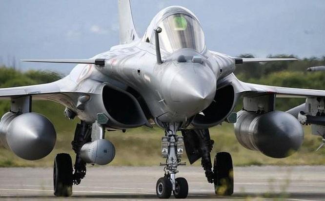 """Hy Lạp rầm rộ mua hàng loạt vũ khí """"khủng"""", """"đại tu"""" quân đội giữa lúc căng thẳng với Thổ Nhĩ Kỳ - Ảnh 1"""