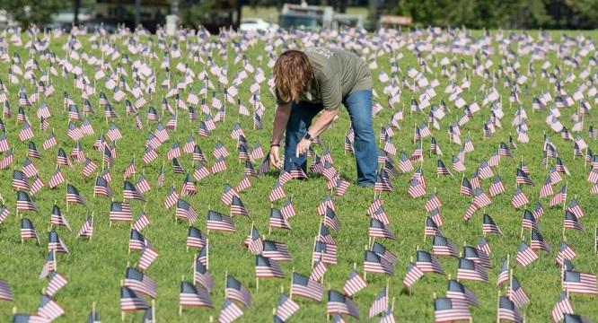 Số lượng binh sỹ Mỹ tự tử vọt tăng 20% giữa lúc đại dịch COVID-19 diễn biến căng thẳng - Ảnh 1