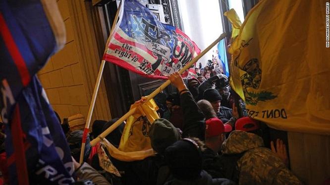 Nguy cơ bùng nổ biểu tình bạo loạn tại Mỹ trong ngày nhậm chức của ông Biden  - Ảnh 2