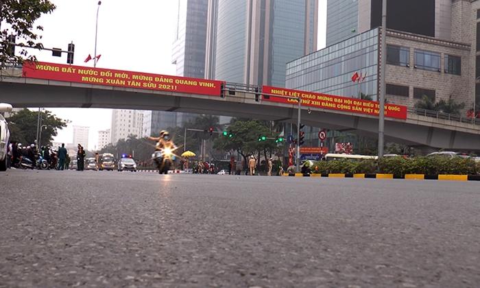 Hàng trăm cảnh sát cùng các phương tiện tổng duyệt phương án dẫn đoàn phục vụ Đại hội Đảng - Ảnh 4