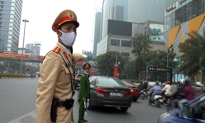 Hàng trăm cảnh sát cùng các phương tiện tổng duyệt phương án dẫn đoàn phục vụ Đại hội Đảng - Ảnh 6