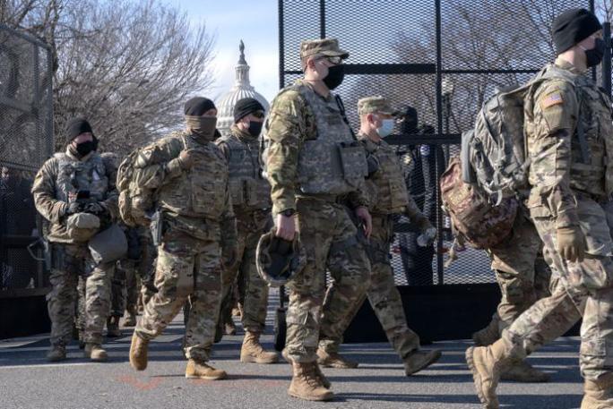 Số vệ binh nhiễm COVID-19 sau lễ nhậm chức của ông Biden có thể lên tới 200 người - Ảnh 1