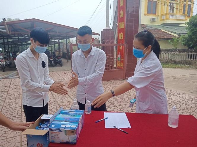 Học sinh Tuyên Quang, Bắc Ninh, Vĩnh Phúc nghỉ học phòng chống COVID-19 - Ảnh 1