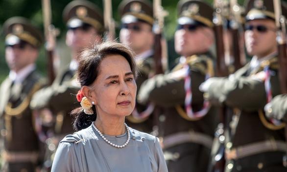 Myanmar: 24 bộ trưởng, thứ trưởng bị sa thải sau khi quân đội nắm quyền - Ảnh 1