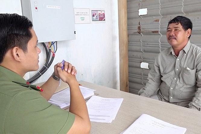 An Giang: Bắt giữ đối tượng chức đưa 5 người xuất cảnh trái phép sang Campuchia - Ảnh 1