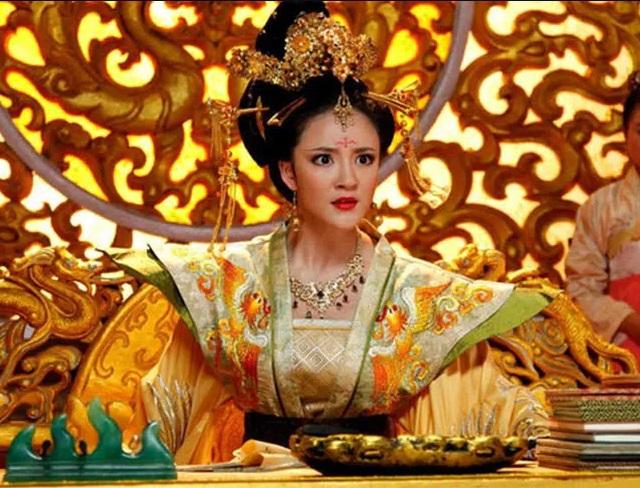Vị hoàng hậu đanh đá, tàn độc và những màn đánh ghen kinh hoàng nhất lịch sử - Ảnh 3