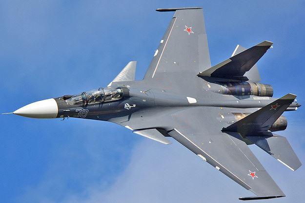 Nga triển khai hơn 30 cuộc không kích càn quét IS ở miền Trung Syria - Ảnh 1
