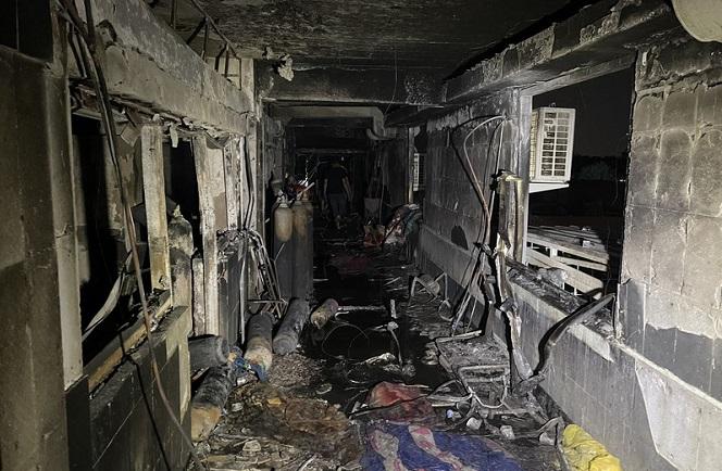 Cháy bệnh viện điều trị COVID-19 tại Iraq: Con số thiệt mạng tăng lên 82 người - Ảnh 1