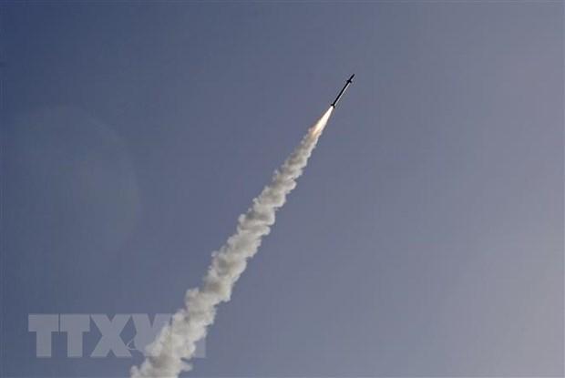 Tin tức quân sự mới nhất ngày 29/4/2021: Ấn Độ phóng thử thành công tên lửa thế hệ mới - Ảnh 1