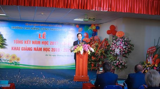 Trường Cao đẳng Công thương Việt Nam: Nhiều ưu đãi cho sinh viên nhân dịp lễ khai giảng - Ảnh 2