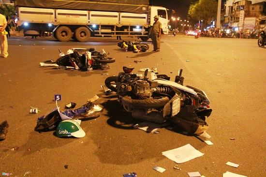 Vụ xe BMW gây tai nạn liên hoàn: Cả hẻm bàng hoàng trước cái chết đột ngột của nạn nhân - Ảnh 1