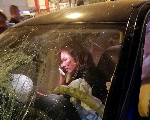 Vụ xe BMW gây tai nạn liên hoàn tại Hàng Xanh: Khởi tố, bắt tạm giam nữ tài xế - Ảnh 1