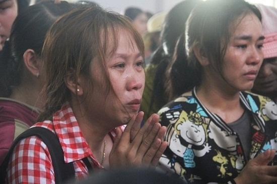 """Gia đình thầy giáo thiệt mạng vì lở đất ở Nha Trang: Tiếng khóc xé lòng vì nỗi đau """"trời giáng"""" - Ảnh 5"""