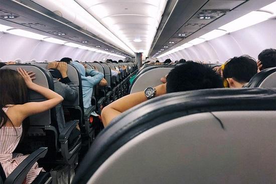 Vietjet lên tiếng về vụ máy bay hạ cánh khẩn cấp vì báo động giả - Ảnh 2