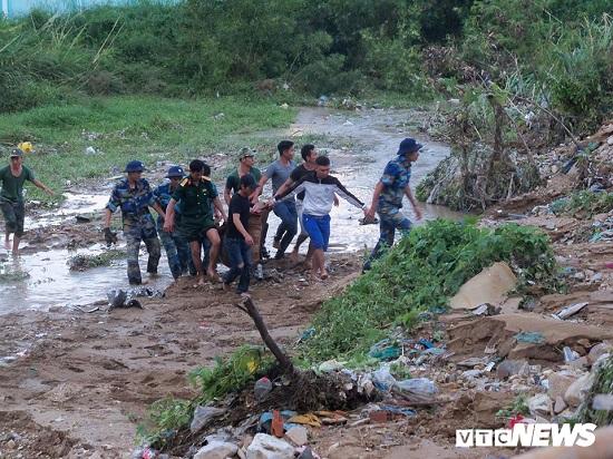 """Vụ sạt lở ở Nha Trang: Chủ đầu tư tự thay đổi dòng chảy, mương thoát nước trở thành """"quả bom"""" hẹn giờ - Ảnh 1"""