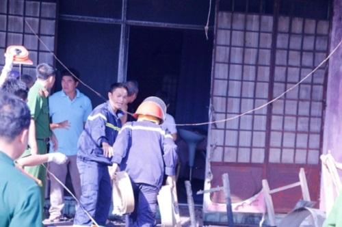 Bình Phước: Xe bồn chở xăng tông ba gác lúc rạng sáng, 6 người chết cháy - Ảnh 3