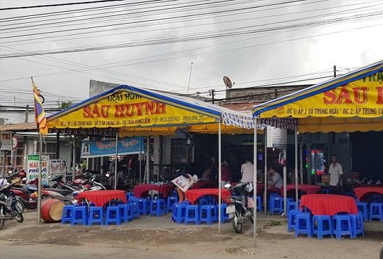 Vụ cháy xe bồn làm 6 người chết ở Bình Phước: Xóm nghèo ảm đảm, trắng màu khăn tang - Ảnh 1