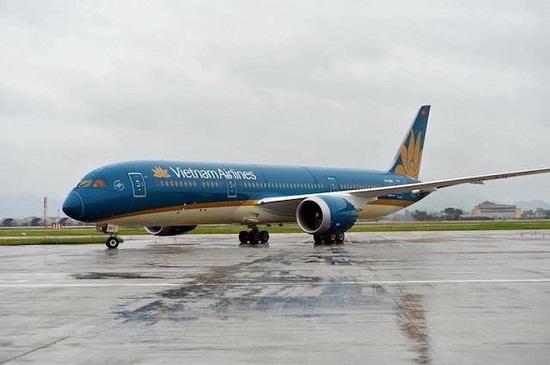 Danh sách các chuyến bay phải tạm hoãn vì ảnh hưởng bão số 9 - Ảnh 1