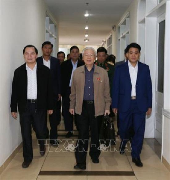 Tổng Bí thư, Chủ tịch nước Nguyễn Phú Trọng tiếp xúc cử tri quận Ba Đình và Tây Hồ - Ảnh 2