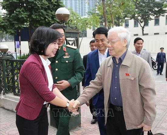 Tổng Bí thư, Chủ tịch nước Nguyễn Phú Trọng tiếp xúc cử tri quận Ba Đình và Tây Hồ - Ảnh 3