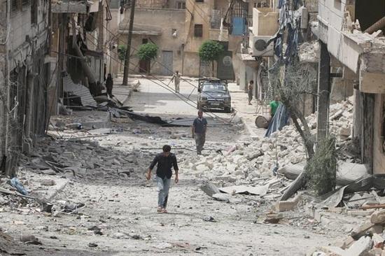 Bộ Quốc phòng Nga thông tin chính thức về vụ tấn công hóa học tại Syria - Ảnh 1