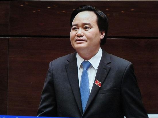 Vụ học sinh bị tát 231 cái: Bộ trưởng GD-ĐT Phùng Xuân Nhạ lên tiếng - Ảnh 1