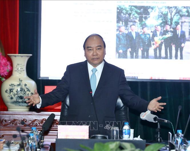 Thủ tướng: Niềm tin của người dân với Đảng, đất nước và Quân đội ngày càng được củng cố - Ảnh 1
