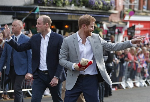 Những hình ảnh đầu tiên về đám cưới Hoàng tử Harry và diễn viên Meghan Markle - Ảnh 8