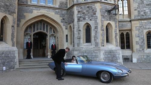 """Ngắm chiếc xe cổ điển mà Hoàng tử Harry """"cầm cương"""" trong đám cưới - Ảnh 3"""