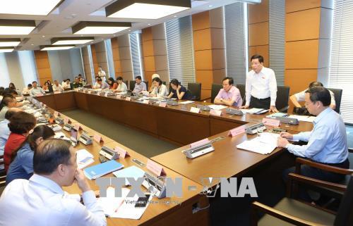 Kỳ họp thứ 5, Quốc hội khóa XIV: Đại biểu kiến nghị nhiều vấn đề an sinh xã hội - Ảnh 1