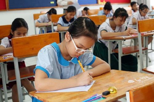 Hôm nay (14/6), hơn 4.000 thí sinh căng thẳng tranh suất vào lớp 6 trường Trần Đại Nghĩa - Ảnh 3