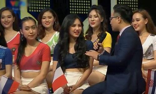 Vẻ đẹp nóng bỏng của nữ cổ động viên Việt Nam mùa World Cup 2018 - Ảnh 8