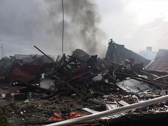 Chợ Gạo Hưng Yên lại bùng cháy dữ dội trở lại dù đã có mưa to - Ảnh 7