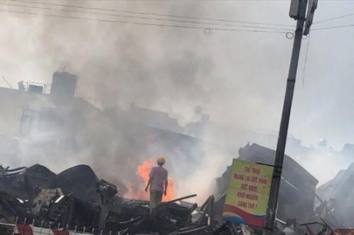 Vụ cháy chợ Gạo Hưng Yên: Tiểu thương hé lộ thông tin khó ngờ về vụ hỏa hoạn kinh hoàng - Ảnh 3
