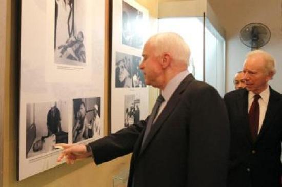 Mảnh ghép Việt Nam trong cuộc đời Thượng nghị sĩ Mỹ John McCain - Ảnh 10