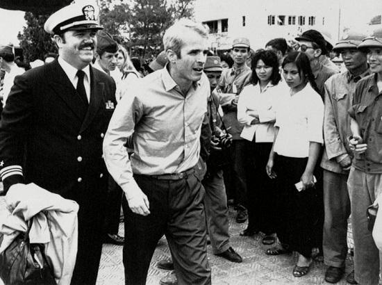 Mảnh ghép Việt Nam trong cuộc đời Thượng nghị sĩ Mỹ John McCain - Ảnh 3
