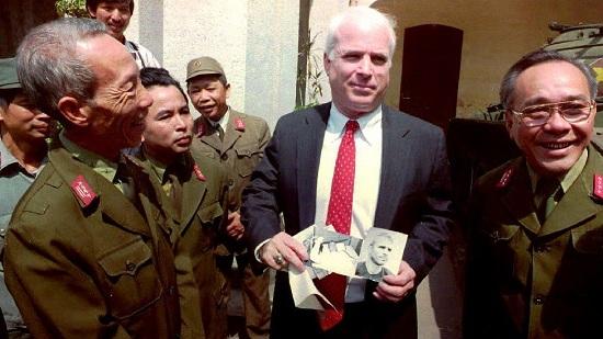 Mảnh ghép Việt Nam trong cuộc đời Thượng nghị sĩ Mỹ John McCain - Ảnh 6