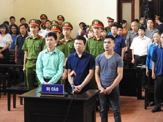 Ngày mai (8/1), dự kiến xét xử vụ án chạy thận làm 9 người chết ở Hòa Bình - Ảnh 1