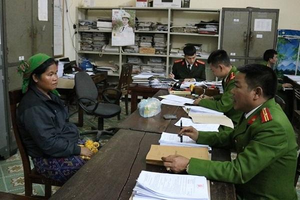 Khởi tố đối tượng nằm trong đường dây buôn bán phụ nữ sang Trung Quốc - Ảnh 1