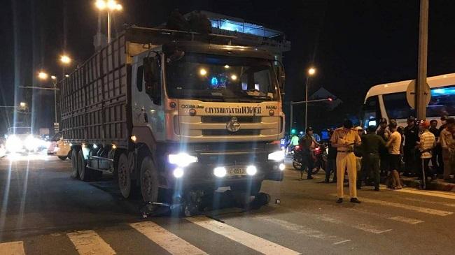Đà Nẵng: Va chạm với ô tô tải, người đàn ông tử vong thương tâm - Ảnh 1
