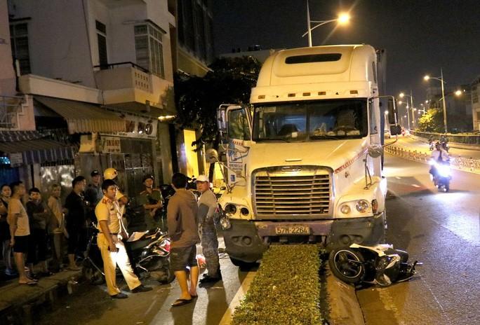Đà Nẵng: Va chạm với ô tô tải, người đàn ông tử vong thương tâm - Ảnh 2