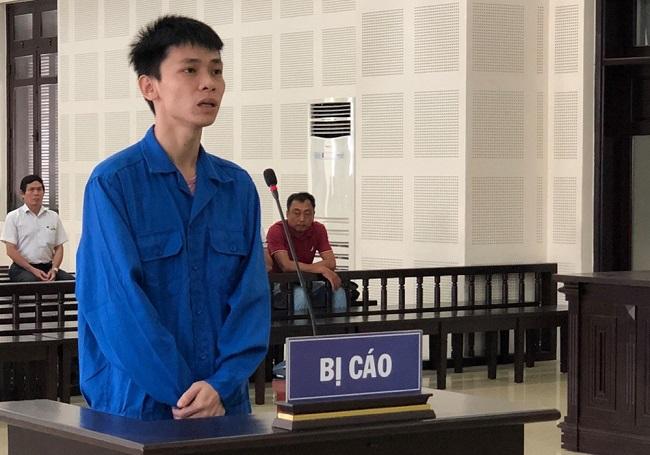 Đà Nẵng: Nguyên cán bộ công an trộm hơn 1 tỷ đồng để trả nợ tiền cá độ bóng đá lãnh án - Ảnh 1