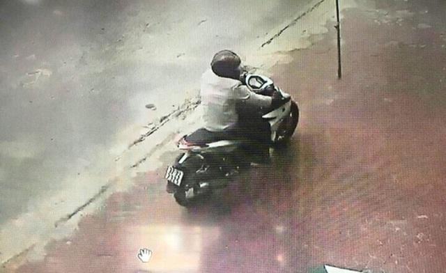 Thanh Hóa: Thông tin chính thức vụ cán bộ công an nổ súng tại ngân hàng  - Ảnh 2