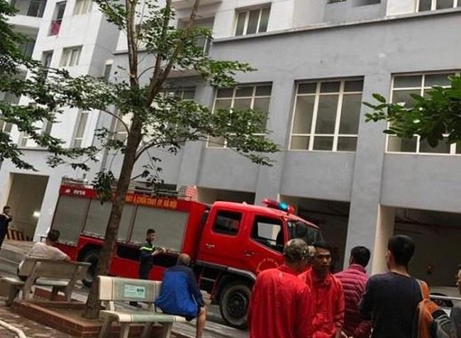 Hà Nội: Cháy lớn tại căn hộ tầng 6 chung cư, người dân bỏ chạy tán loạn - Ảnh 2