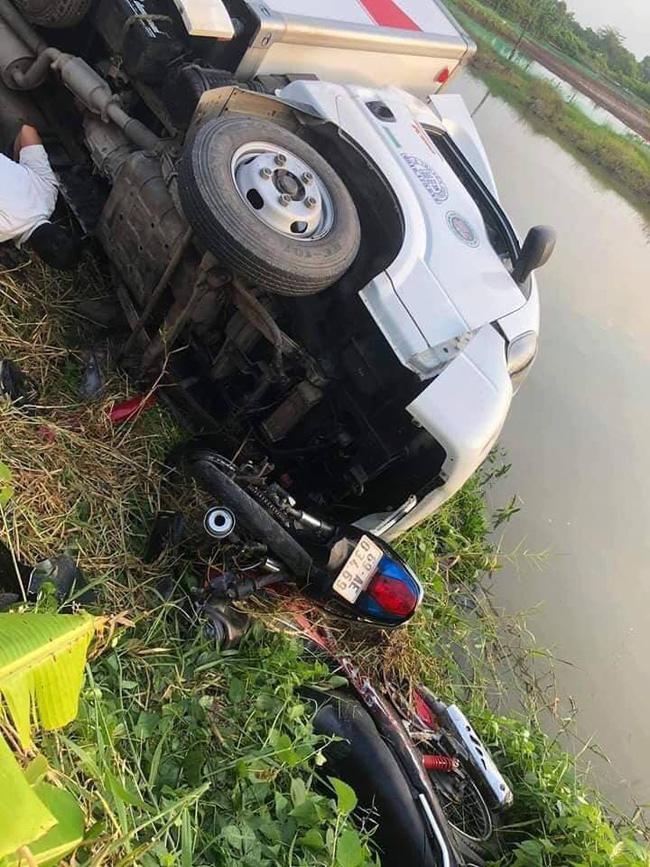 Tin tức tai nạn giao thông mới nhất hôm nay 16/11/2019: Tàu hỏa tông ô tô, nữ tài xế tử vong - Ảnh 2