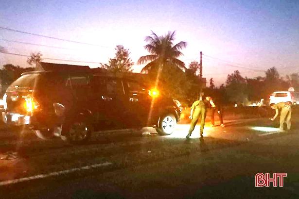 Tin tức tai nạn giao thông mới nhất hôm nay 25/11/2019:  Xe khách gây tai nạn thảm khốc ở Quảng Ngãi - Ảnh 2
