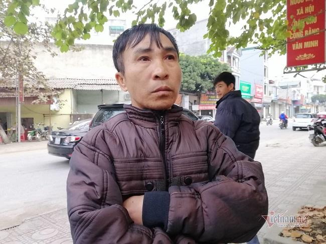 """Mẹ nữ sinh giao gà cùng """"trùm"""" Vì Văn Toán xuất hiện trước tòa - Ảnh 6"""