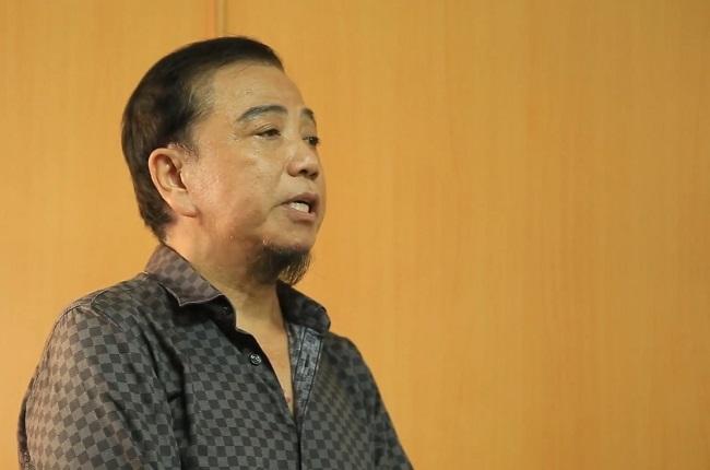 """Bị đề nghị phạt 30-40 triệu đồng, nghệ sĩ Hồng Tơ xin giảm án vì cảnh """"cha già con mọn"""" - Ảnh 1"""