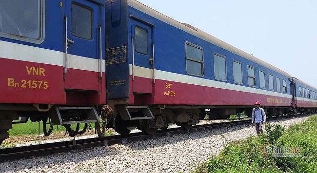 Nghệ An: Nhân viên đường sắt bị tàu hỏa cán tử vong - Ảnh 1