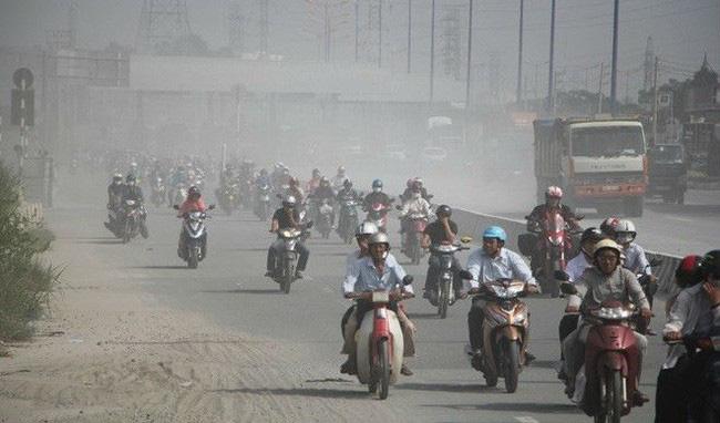 Ô nhiễm không khí, Tổng Cục Môi trường khuyến cáo người dân hạn chế ra ngoài, đóng kín cửa sổ - Ảnh 1